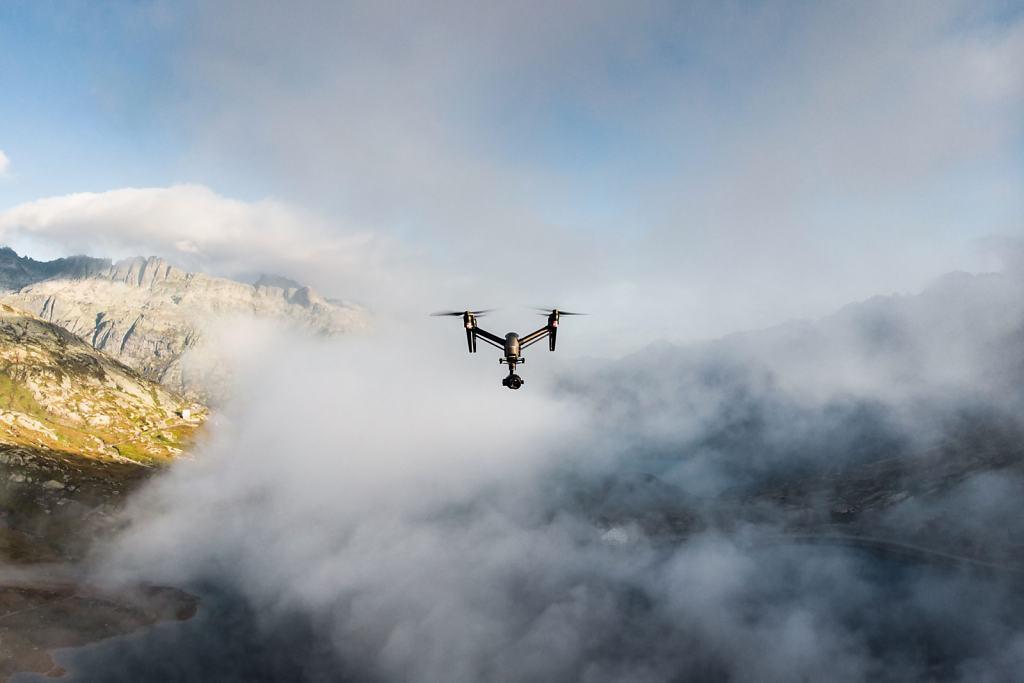 Daniel-Hager-Photography-Film-Zurich-Switzerland-SWISS-LANDSCHAFTSBILDER-Making-of-001.jpg