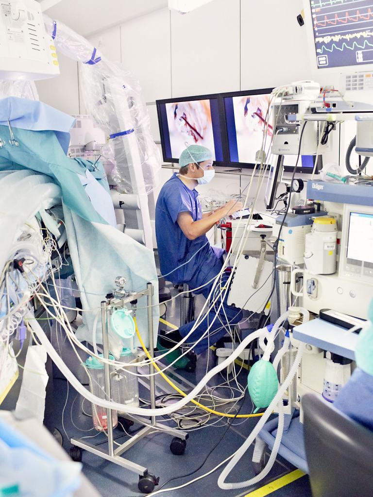 Hirslanden-Dr-Reisch-0243-cut.jpg